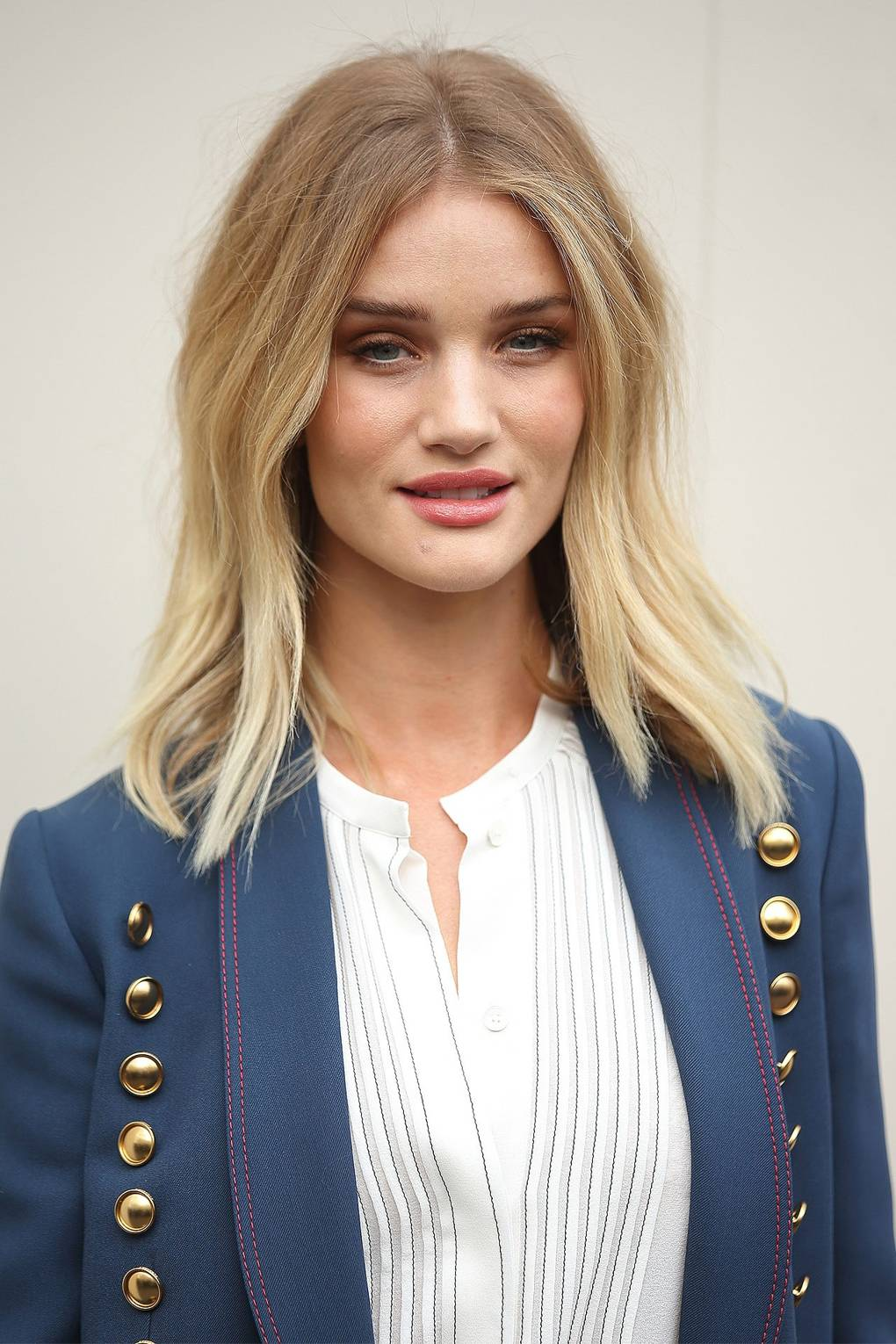 Rosie huntington whiteley top makeup and hair moments glamour uk winobraniefo Images