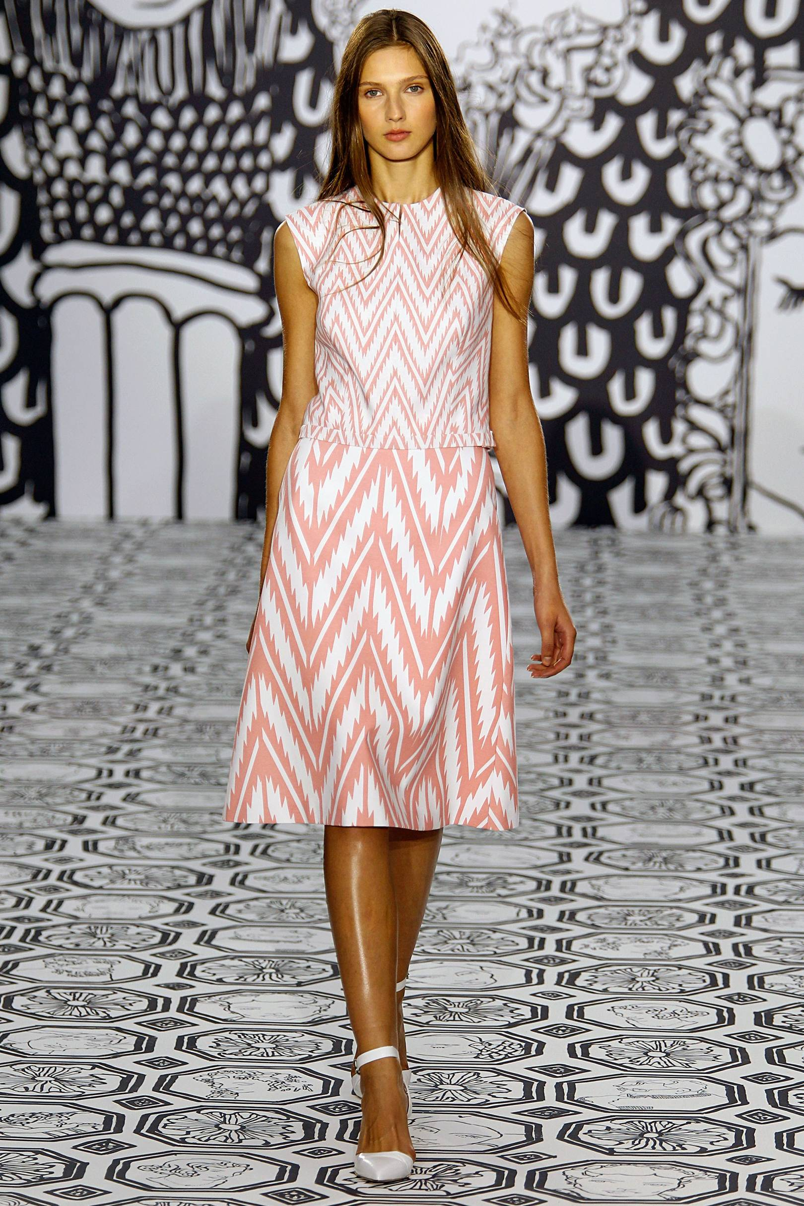 photo Donna air fashion scout one to watch show in london
