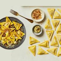 Unusual birthday gifts for her: the pasta subscription