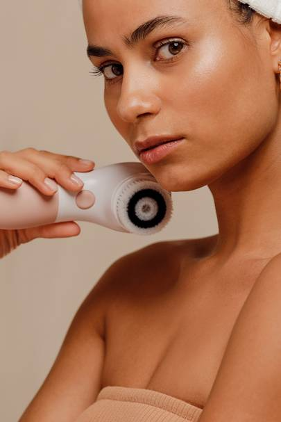 Facial Cleansing Brush by The Vanity Planet