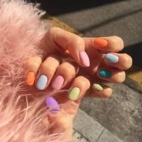 Multicolour manicure