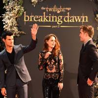 Taylor Lautner, Kristen Stewart & Robert Pattinson at the UK Premiere of Breaking Dawn 2