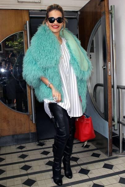 Rita Ora - Fluffy Fantastic
