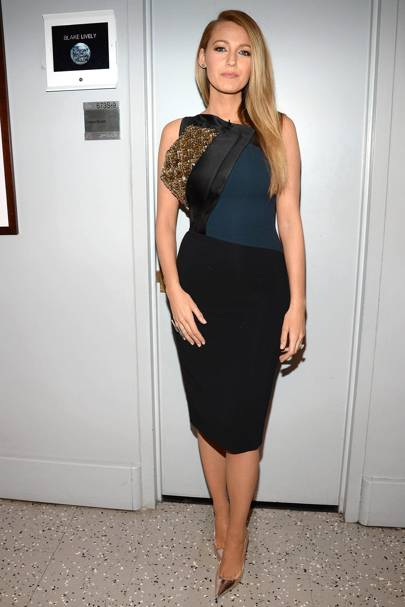 In A Sleek Embellished Antonia Berardi Dress For The Tonight Show With Jimmy Fallon Blake Proved She Can Nail Polished Look