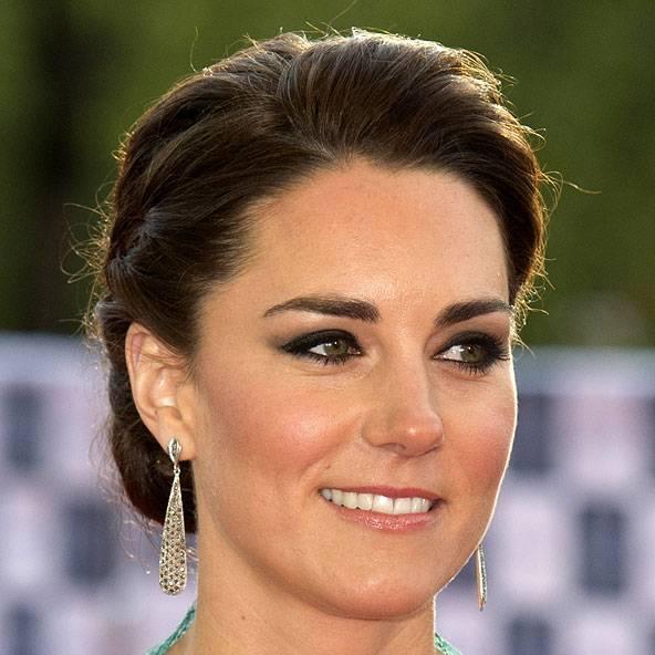 Kate Middleton's Hair, Makeup & Hairstyles Photos