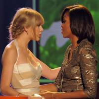 Taylor Swift and Michelle Obama at the Kids' Choice Awards 2012