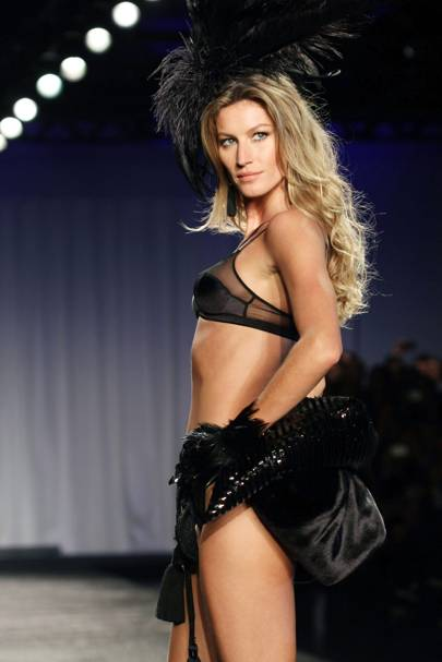 Gisele's Intimate Collection, 2011