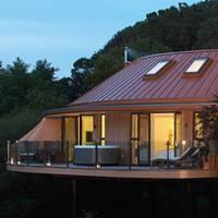 Best 5 star treehouse holiday UK