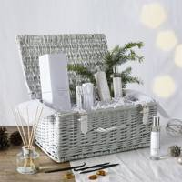 Best Christmas Hampers: for an at-home spa experience