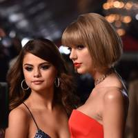 Taylor Swift & Selena Gomez