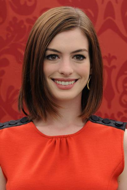 Hairstyles Make Up Anne Hathaway Look Book Glamour Uk