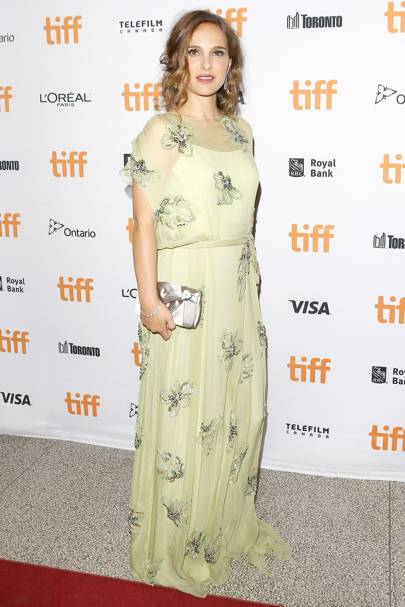 Natalie Portman Pregnant Fashion   maternity dresses  1bfe32043