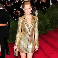 Elizabeth Banks at the Met Gala