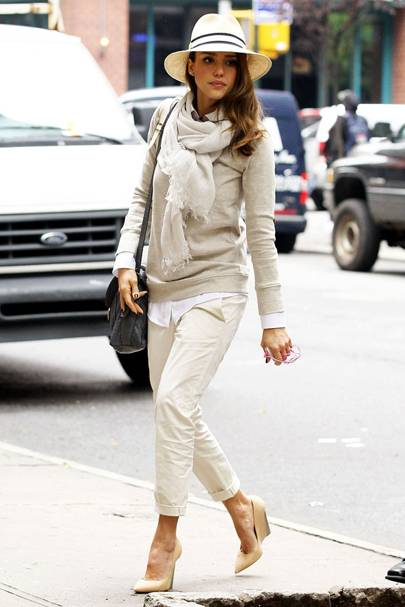 9063411484c6a Jessica Alba pulls off this kooky-yet-ultra-chic look with aplomb - hence  why she's our street style icon!