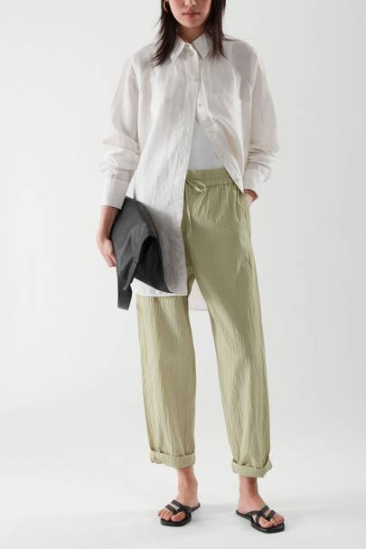Drouser trend: drawstring trousers