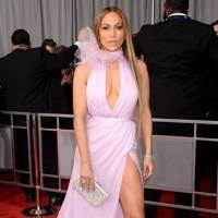 Alaia Azzedine Wikipedia >> GRAMMYs dresses: the most memorable looks ever on red carpet | Glamour UK