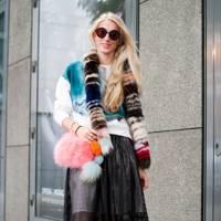 Laura Tinder, Blogger
