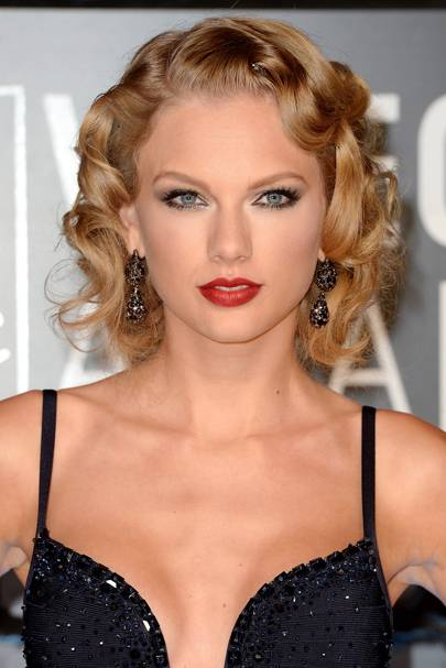 Taylor Swift Hair Make Up Ideas Hair Style Beauty Pictures Glamour Uk