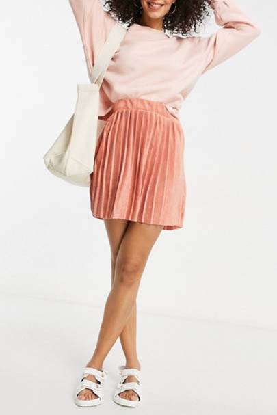 Best Tall Clothes - The Mini Skirt