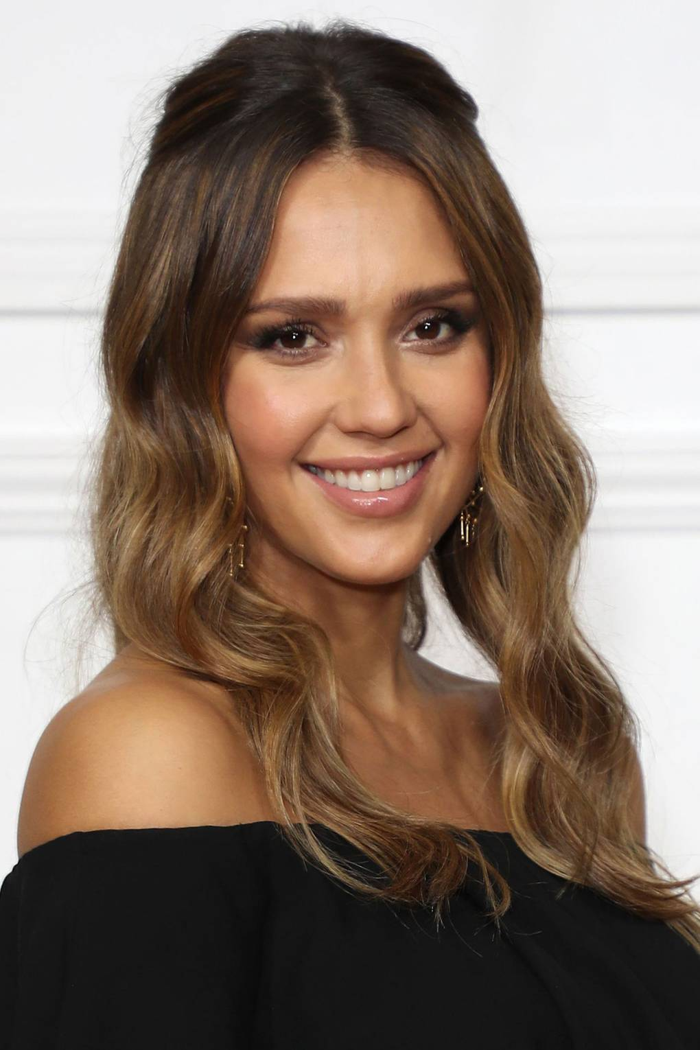 Jessica Alba Hair And Make Up Looks Glamour Uk