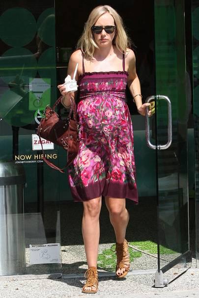 Kimberly Stewart & Benicio del Toro's baby