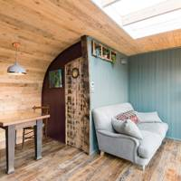 Houseboats to rent: West Sussex