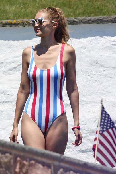 Taylor Swift Fourth Of July Party Girl Squad Glamour Uk