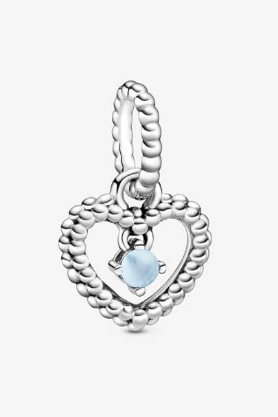 Blue bouquet charm