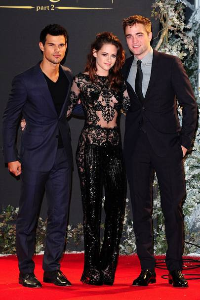 Robert Pattinson, Kristen Stewart & Robert Pattinson at the UK Premiere of Breaking Dawn 2