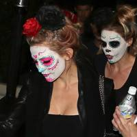 Kate Hudson with Mexican Sugar Skull