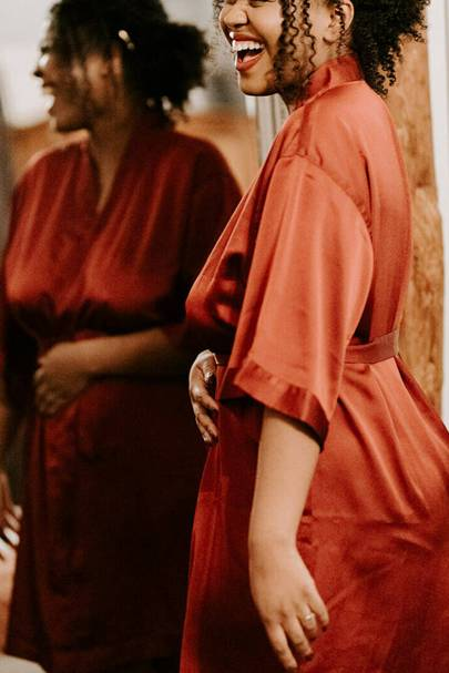 Bridesmaid robes: the personalised robes