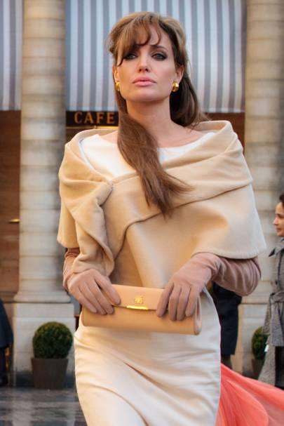 Angelina Jolie The Tourist Fashion Style Secrets On Set Photos