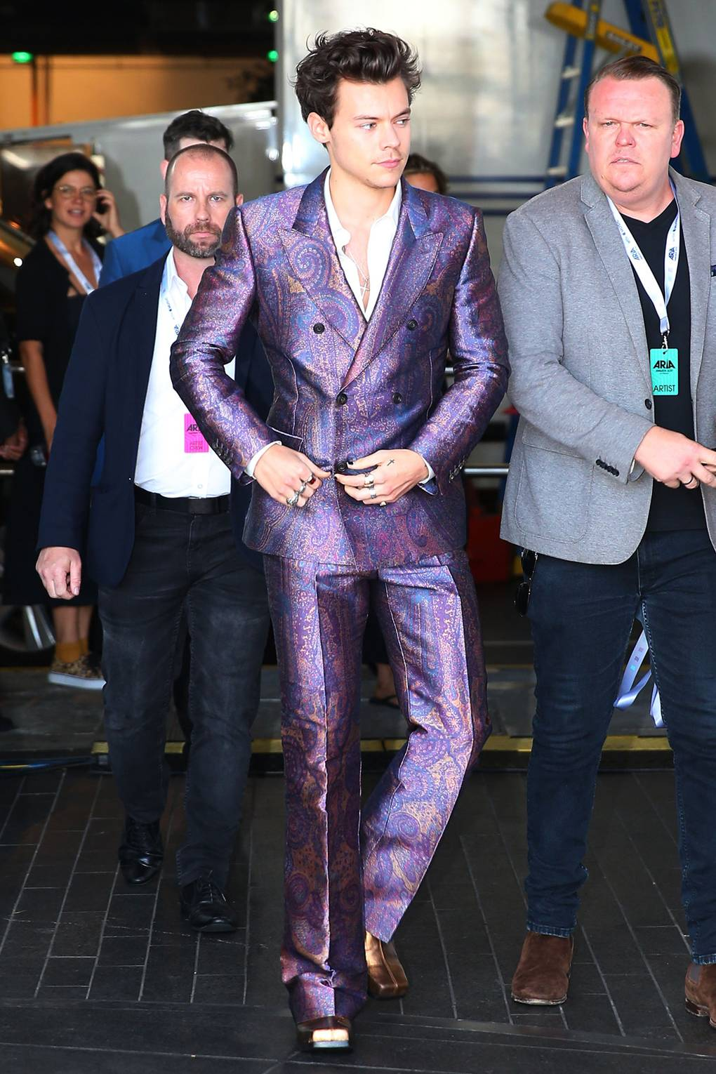 harry styles style fashion story in photos 2012 2017 lots of