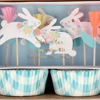Best Easter Gifts: the Easter baking kit