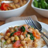 Tomato & Spinach Chickpea Curry