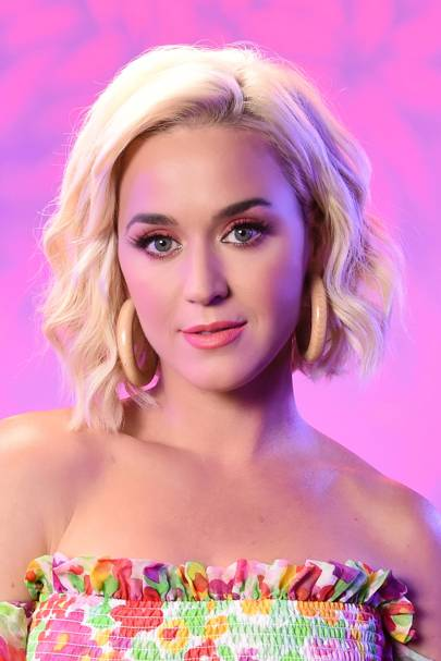 Katy Perry Hair Her Best Hairstyles Makeup And Beauty Looks Glamour Uk