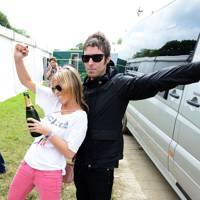 Nicole Appleton and Liam Gallagher at Glastonbury