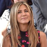 "[link url=""http://www.glamourmagazine.co.uk/person/jennifer-aniston""]Jennifer Aniston[/link]"