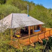 Best treehouse holiday UK with young kids
