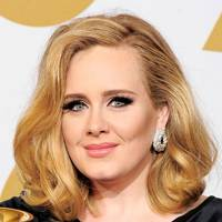 Grammy Awards 2012: Hair / Beige Lip