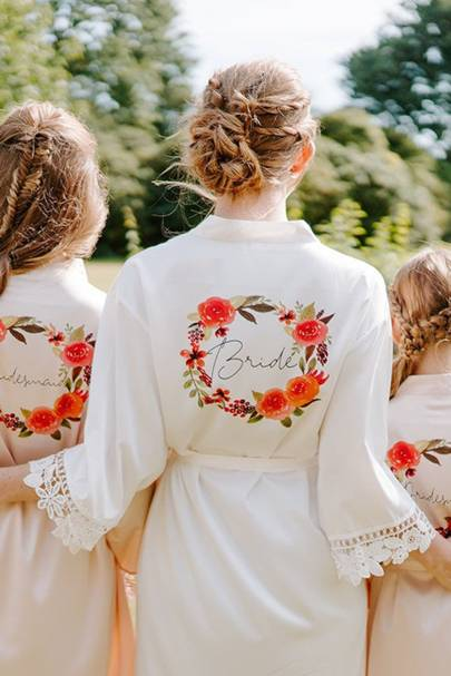 Bridesmaid robes: for the summer wedding