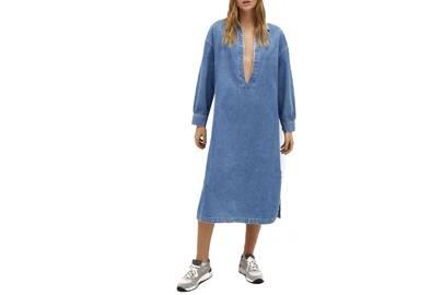 Best Denim Dresses: V-Neck Denim Dress