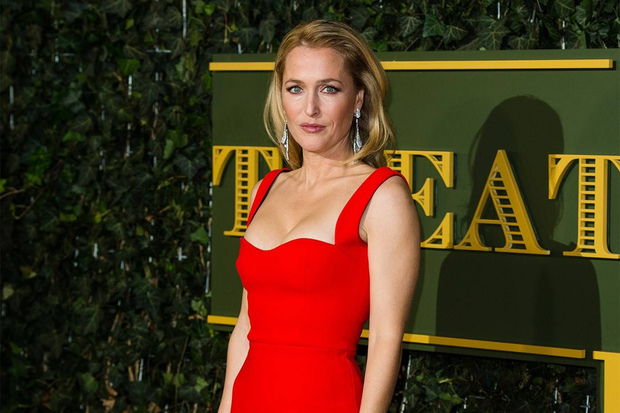 Gillian Anderson Style Evolution Clothes Fashion Uk Glamour Uk