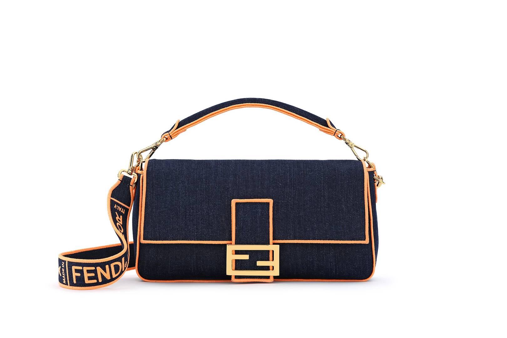 e6f5f112eaab Everyone Is Carrying The Fendi Baguette Bag