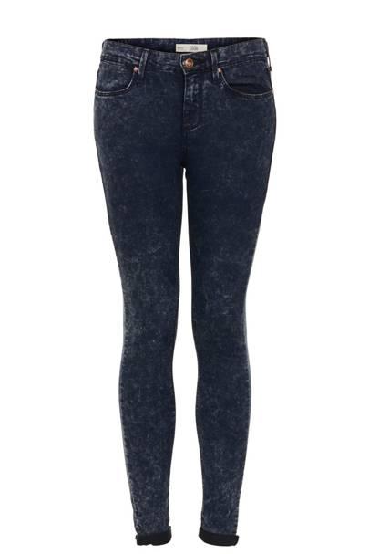 Skinny Jeans & Skater Skirts