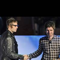 Liam & Noel Bury The Hatchet