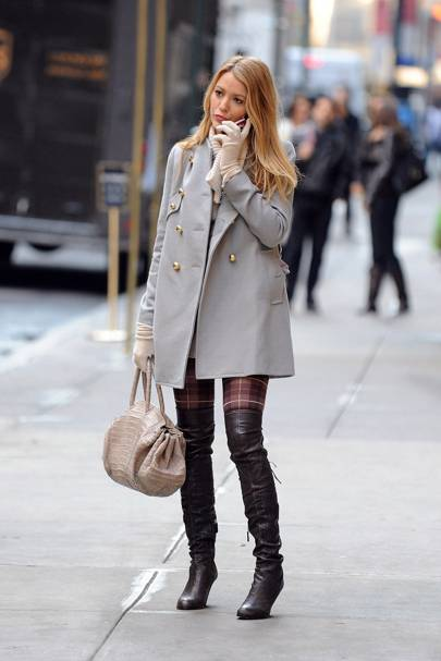 The oversized blazer and boots combo