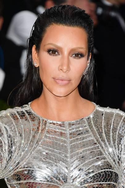Kim Kardashian Hair Changing Make Up Hairstyles Look Book Glamour Uk