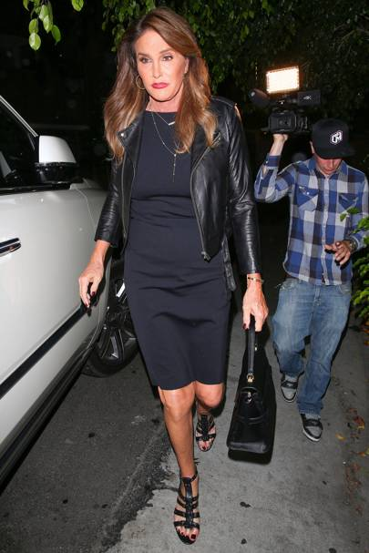 Arriving At Her Daughter Kylie Jenner S 18th Birthday Party In West Hollywood Caitlyn Kept Things Simply But Stylish A Navy Dress With Ed