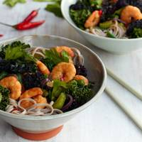 ASIAN KING PRAWN STIR-FRY WITH BUCKWHEAT NOODLES